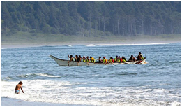 http://www.quinaultindiannation.com/photos/201308%20_KAB1476%20Paddleing%20in%20Internet%2072%20(1).jpg